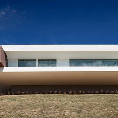 Villa Escarpa, Praia da Luz, Portugal:  Häuser von Philip Kistner Fotografie