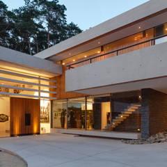 Duinvilla :  Huizen door HILBERINKBOSCH architecten