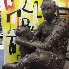 Nuevas Esculturas: Centros de exhibiciones de estilo  por José Torres Coleccion, Ecléctico