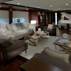 Yates y jets de estilo  por CRN SPA - YACHT YOUR WAY-