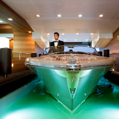 Yates y jets de estilo mediterraneo por CRN SPA - YACHT YOUR WAY-