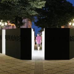 Perspectivas de Luz _ Festival Jardins Efémeros 2015: Centros de exposições  por Artspazios, arquitectos e designers