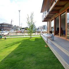 借景を望むせがいの家: TEKTON | テクトン建築設計事務所が手掛けた庭です。,モダン