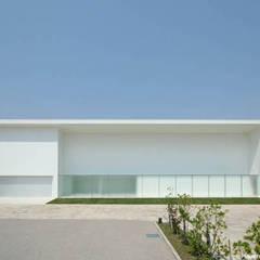 Sea Side House: 鷹取久アーキテクトオフィスが手掛けた家です。