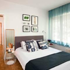 HANDE KOKSAL INTERIORS – House S - S Evi: endüstriyel tarz tarz Yatak Odası