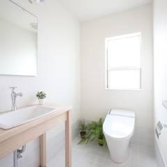 Salle de bains de style  par ALTS DESIGN OFFICE, Éclectique
