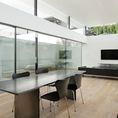 統一されたデザインの家具: TNdesign一級建築士事務所が手掛けた家です。