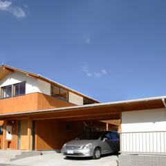 外観: 三宅和彦/ミヤケ設計事務所が手掛けたガレージです。