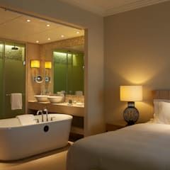 Westin Hotel - Junior Suite Bathroom:  Hotels by MKV Design