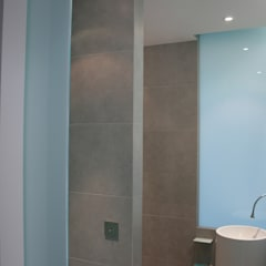 Maison - Salle de Bain - Biarritz: Salle de bains de style  par ISIT ARCHITECTURE