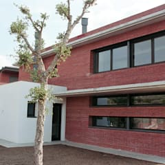 NorthWest façade Moderne Häuser von FG ARQUITECTES Modern