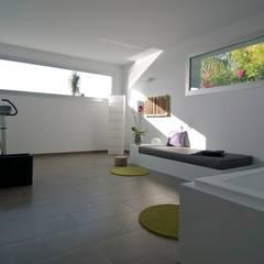 من SH asociados - arquitectura y diseño حداثي