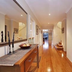 Entry:  Corridor & hallway by Adorn Interior Design