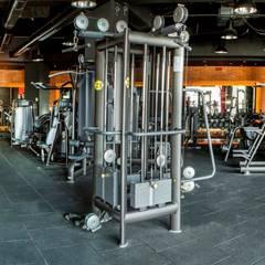 ÖZHAN HAZIRLAR İÇ MİMARLIK – 7/24 Fitness Loca Bahçeşehir:  tarz Fitness Odası