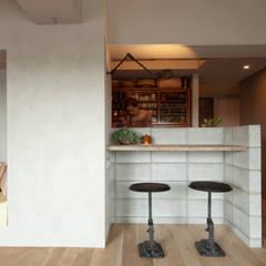 Comedores de estilo  por TATO DESIGN:タトデザイン株式会社