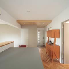 Ruang Makan oleh TATO DESIGN:タトデザイン株式会社, Skandinavia