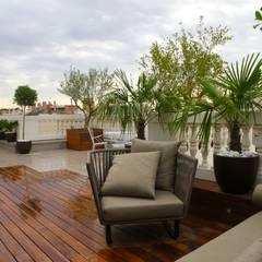Terrace by FG ARQUITECTES,