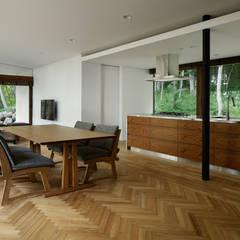 ダイニングキッチン~029那須Hさんの家 北欧デザインの ダイニング の atelier137 ARCHITECTURAL DESIGN OFFICE 北欧 木 木目調