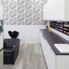 Salon Express 5 Colour Bench:  Shopping Centres by Natasha Fowler Design Solutions