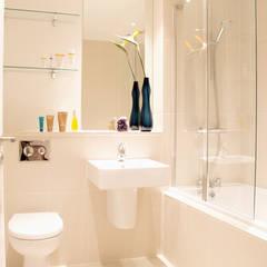 Hampstead Heath Apartment:  Bathroom by Bhavin Taylor Design