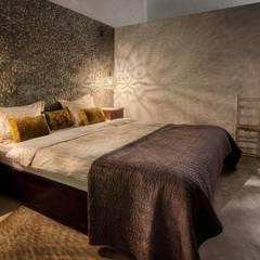 Ibiza Style:  Slaapkamer door Kabaz