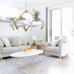 Hogar de estilo  de Solid Interior Design