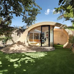 Shoffice :  Garage/shed by Platform 5 Architects LLP
