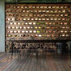 Rumah mampan berfungsi and menjimatkan wang:  Terrace by Elaine Wall