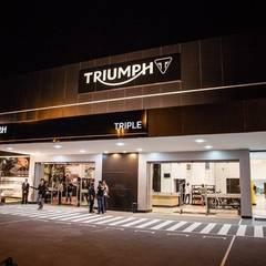 Triumph Triple - Campinas SP: Concessionárias  por RICARDOTRAMONTINA.ART
