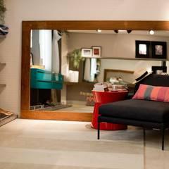 Suíte Master - CASA COR 2013 - (Fotos Lio Simas): Closets ecléticos por ArchDesign STUDIO