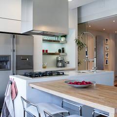 مطبخ تنفيذ Studio Sabatino Architetto