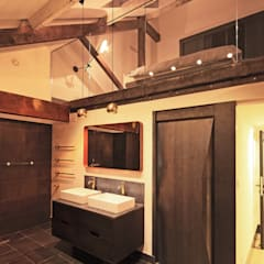 industrial Bathroom by Perfect Integration