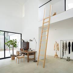 横須賀の家: 栗原隆建築設計事務所が手掛けた和室です。