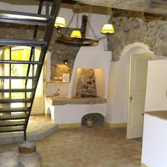 Cocinas de estilo  de Architetto Giuseppe Prato, Rústico