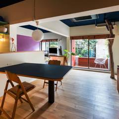 Salle à manger de style  par Nojima Design Office, Moderne