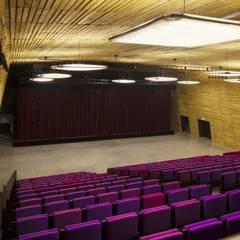 Exhibition centres by DE-SO