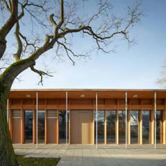 Ansicht von Osten / Eingangsfassade:  Schulen von MGF Architekten GmbH