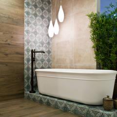 rustic Bathroom by nomad studio