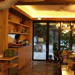 호가 레스토랑: 주디자인의  레스토랑,북유럽