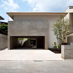 Houses by 根岸達己建築室