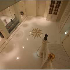 Wohnhaus in Weiß:  Flur & Diele von Ingenieurbüro pep Innenarchitektur