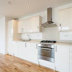 Gipsy Hill:  Kitchen by Granit Architects