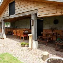 kiezen voor natuurlijke en duurzame materialen:  Huizen door mickers architectuur