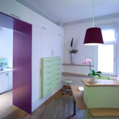 Arztpraxis in denkmalgeschütztem Gebäude - Empfang:  Praxen von Rosenberger + Neidhardt