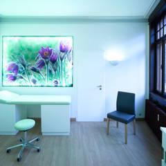 Arztpraxis in denkmalgeschütztem Gebäude -Behandlungszimmer:  Praxen von Rosenberger + Neidhardt