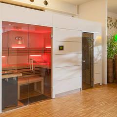 Moderne Sauna für den Innenbereich bei uns in der Ausstellung Münster 48163, Weseler Straße 601:  Spa von Löchte GmbH