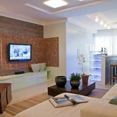 HOME: Salas multimídia  por Élcio Bianchini Projetos