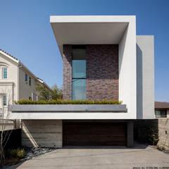 Houses by エスプレックス ESPREX, Modern