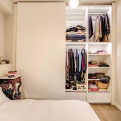 اتاق خواب توسطMOB ARCHITECTS, مدرن