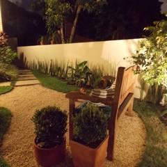 Projekty,  Ogród zaprojektowane przez Lúcia Vale Interiores